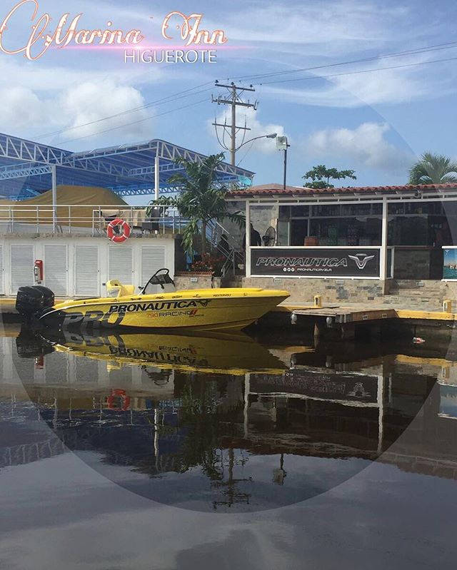 Puestos en marinas en Higuerote